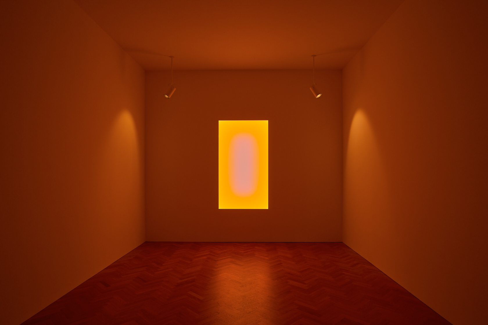 James Turrell, Tall Glass