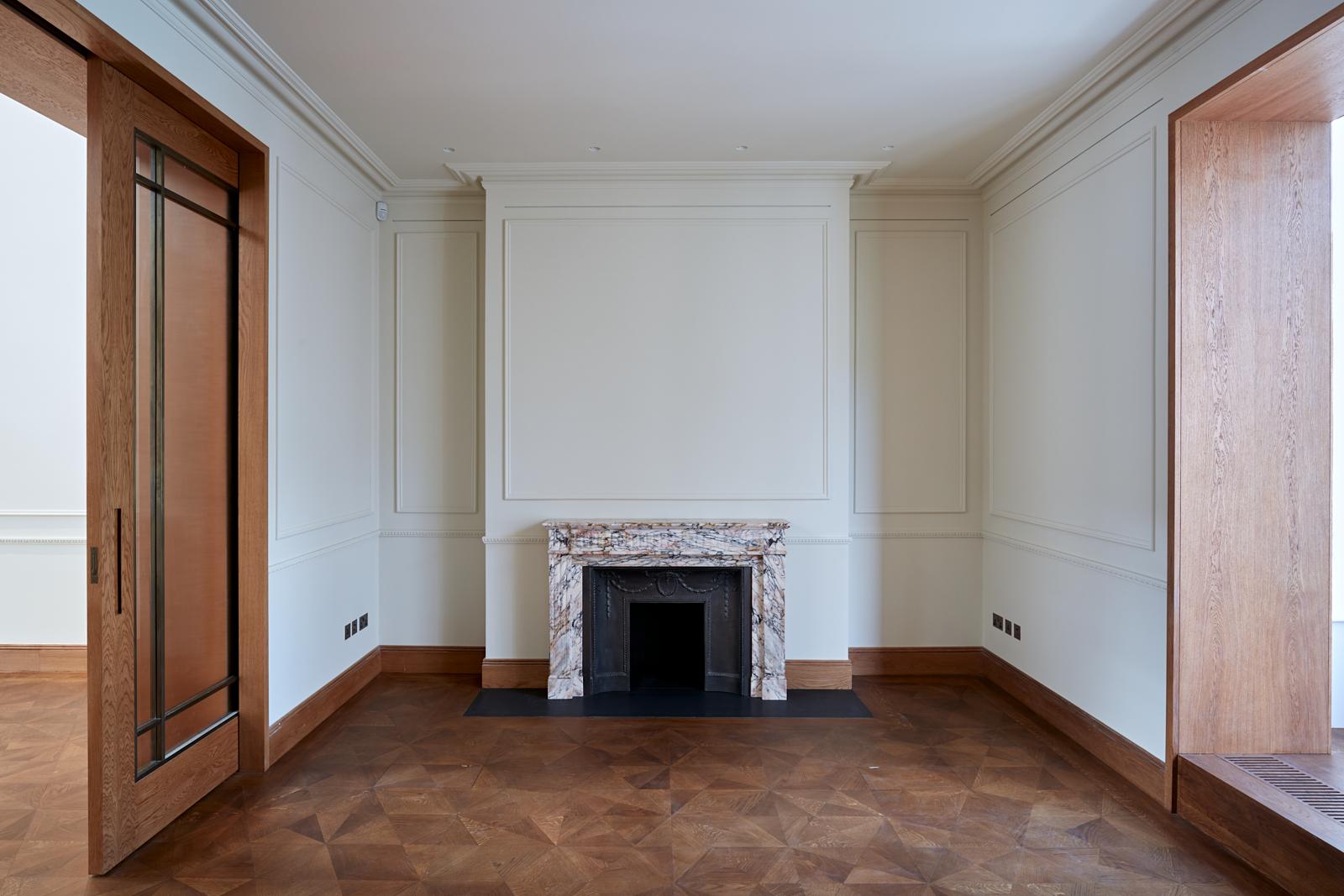 Gabriel Chipperfield, interior, reception